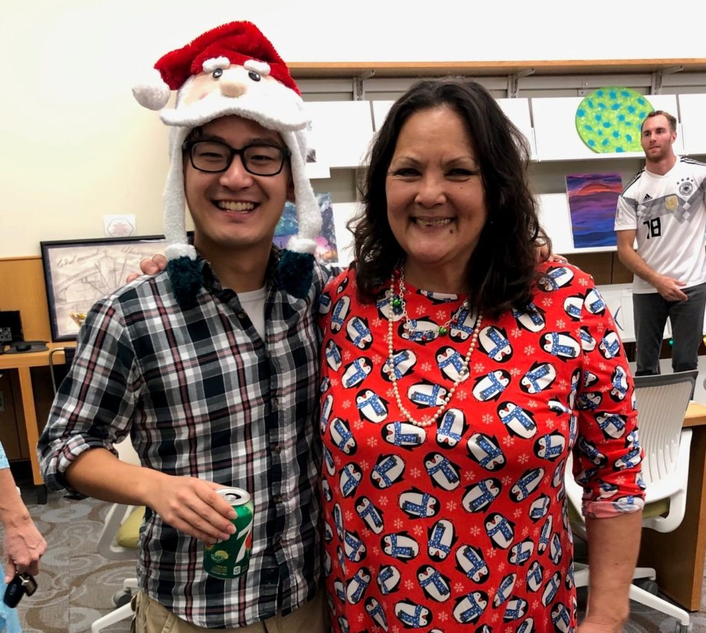 MSI Graduate Student Yida Gao and Marine Science Librarian, Liz DeHart in their festive holiday attire.