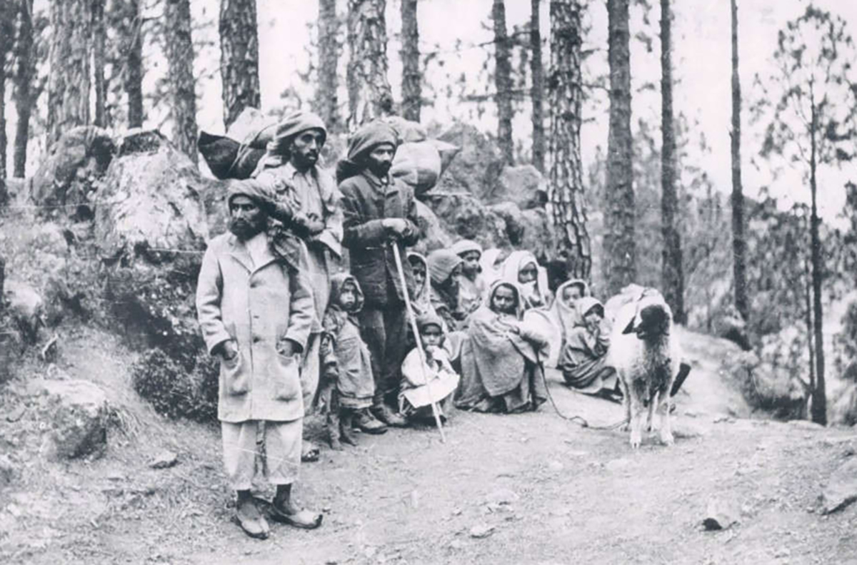 A news bureau photograph of Kashmiri refugees who had been driven from their homes by the turmoil of 1947.