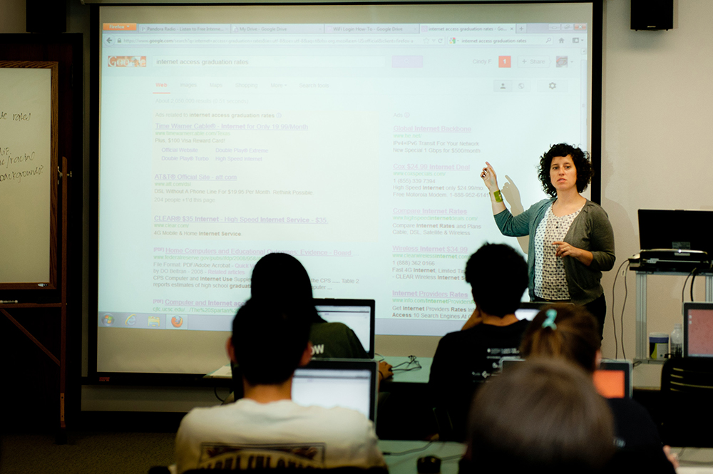 Cindy Fisher teaches first-year students in a class at PCL.